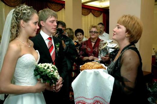 Встреча жениха и невесты с караваем слова родителей
